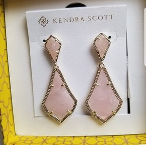 NWT Kendra Scott Rose Quartz Alexa Earrings Gold